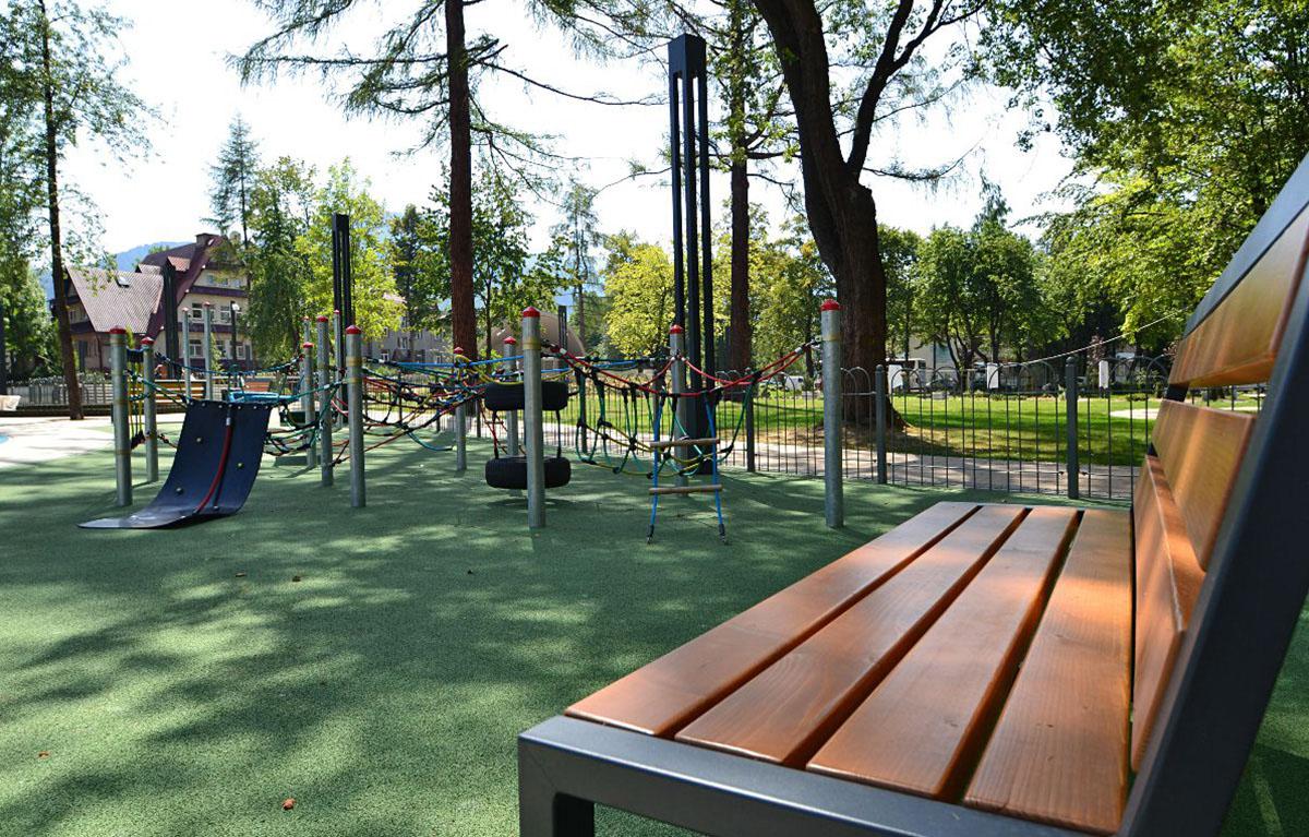 Park Miejski 300m od Aparthotelu Delta
