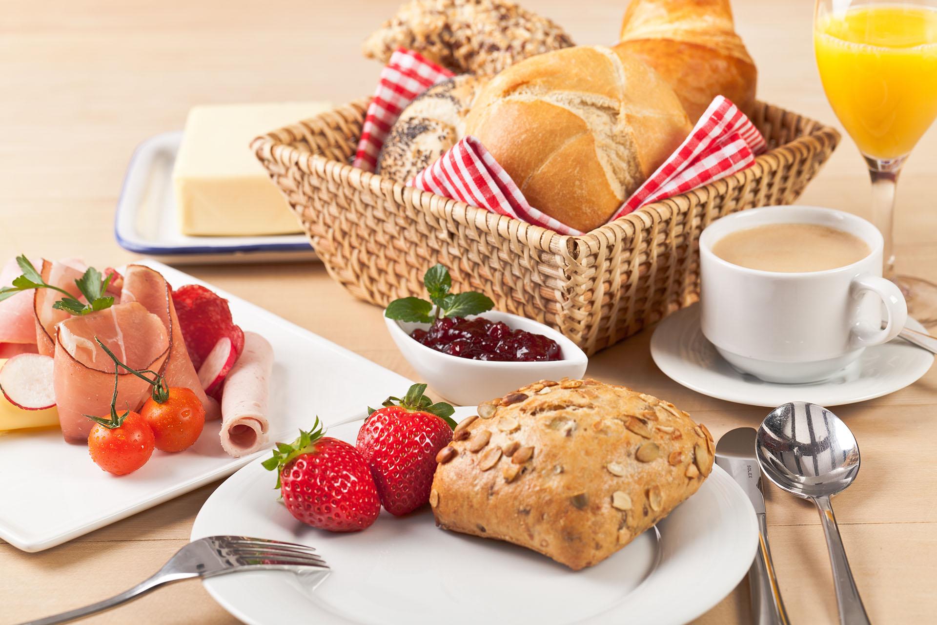 Śniadania Samodzielne apartamenty